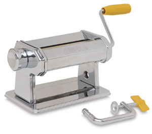 My manual pasta machine, just like mamma's!